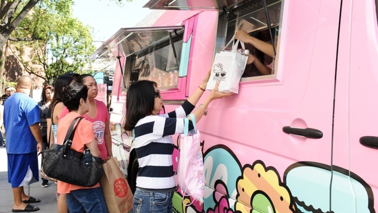 Hello Kitty Cafe Truck coming to Kenwood Towne Centre