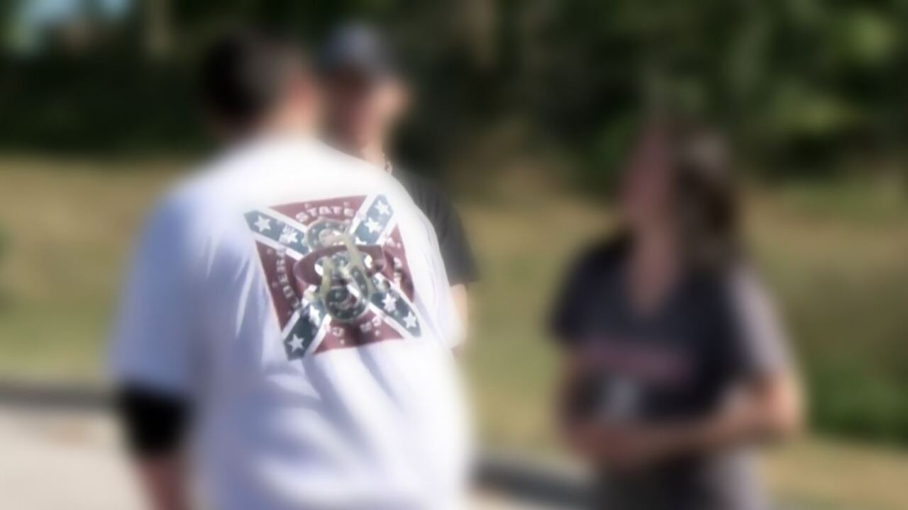 School board will not ban Confederate flag in dress code