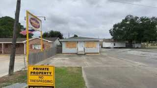 Morgan City businesses boarded up but open