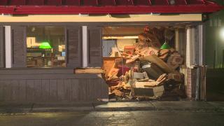 Pizza Hut crash 02.png