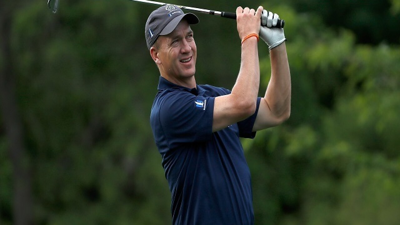 Peyton Manning hits hole-in-one at Cherry Hills Country Club
