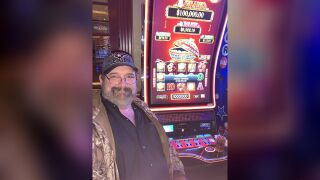 Vegas gambler turns $26 into $100K jackpot at Orleans hotel-casino