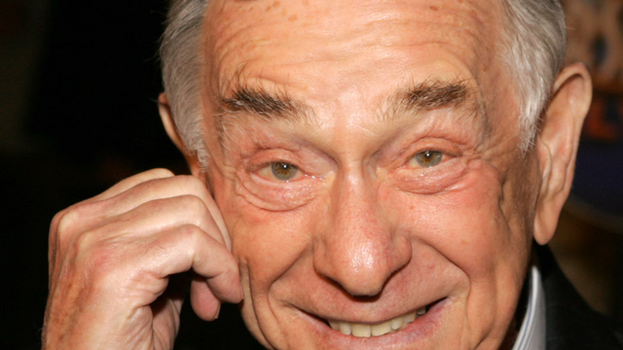 Comedian Shelley Berman, 'Curb Your Enthusiasm' actor, dies