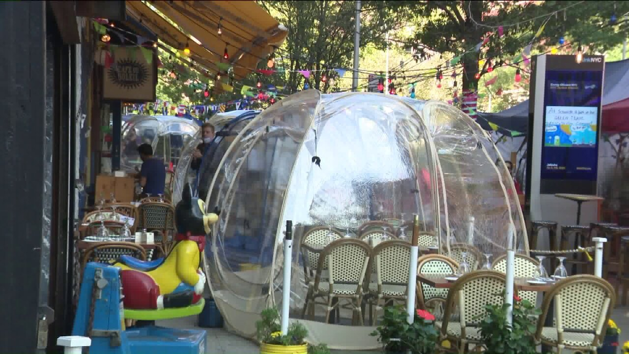 Restaurant uses plastic bubbles to guard diners from COVID-19, cold temps