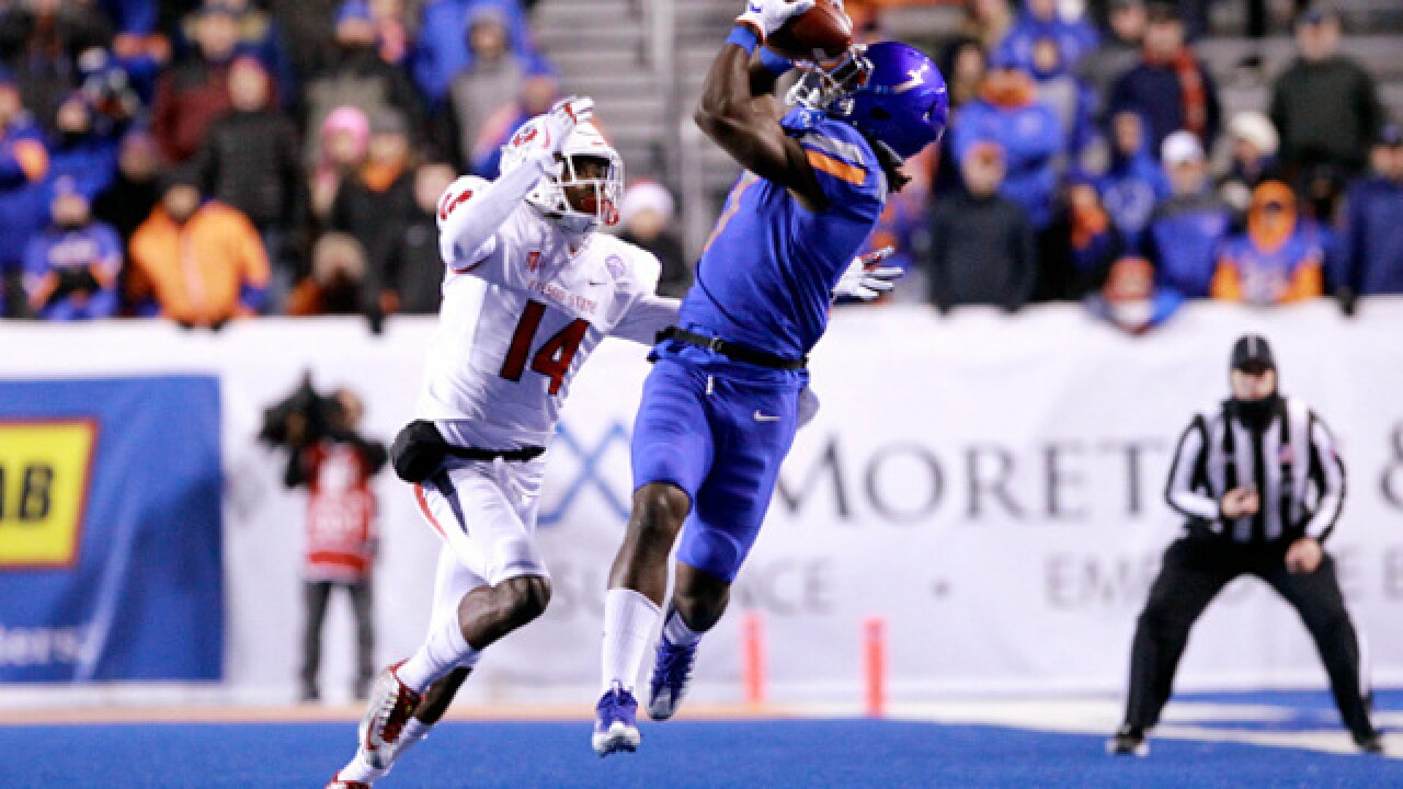 Boise State rallies to beat No. 25 Fresno State 17-14