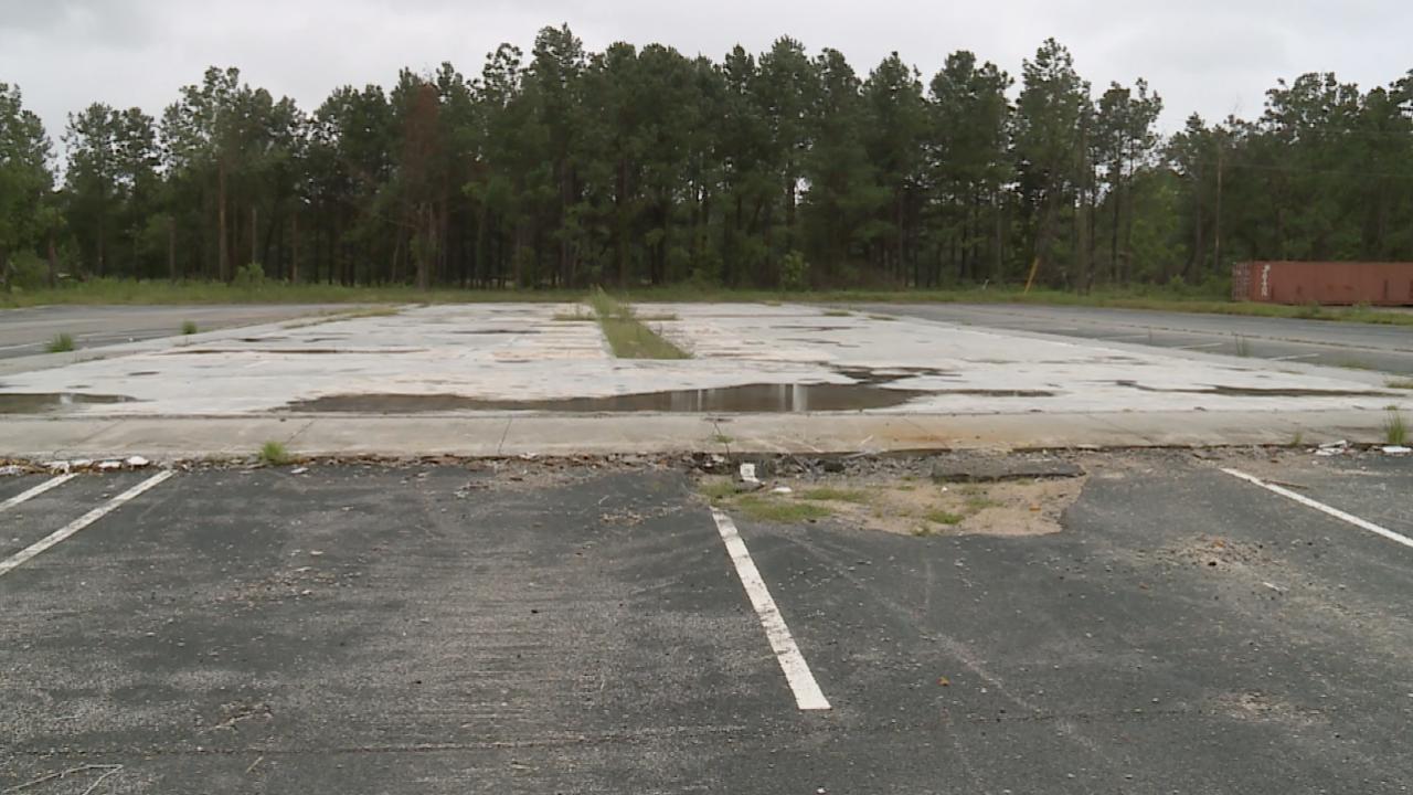 Former site of Palm Tree Inn Motel.