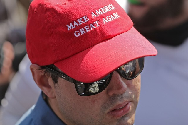 Red MAGA hat not allowed at California restaurant