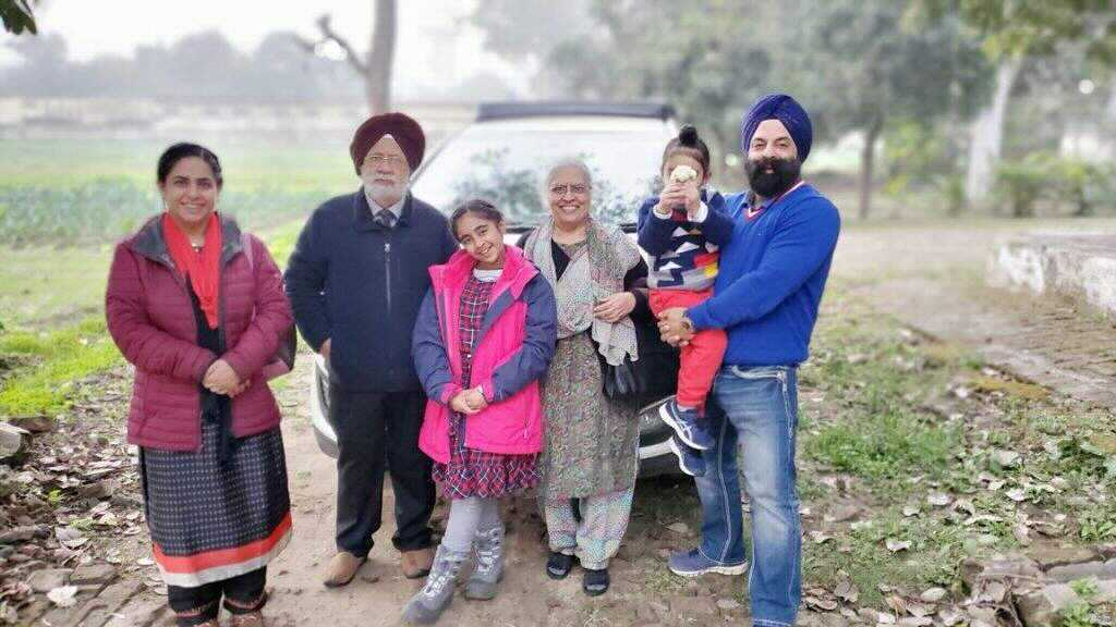 Harpartap Singh and his family