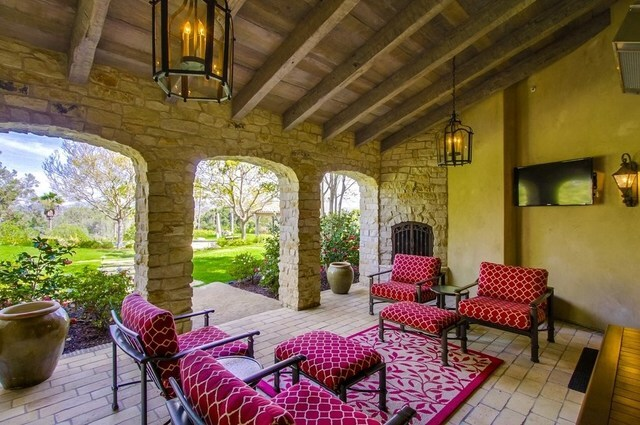 For Sale: Rancho Santa Fe home on more than 2 acres of land