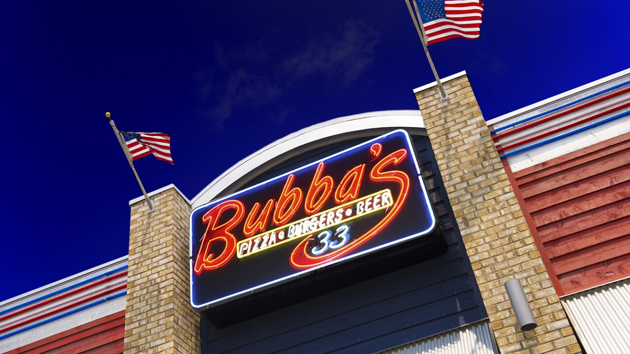 Bubbas's 33 gives back to first responders in Chesapeake