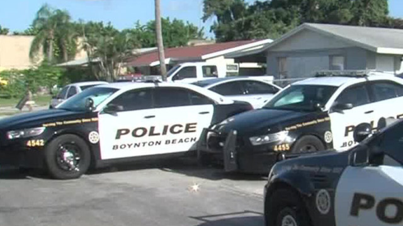 Man found dead inside parked Boynton Beach car