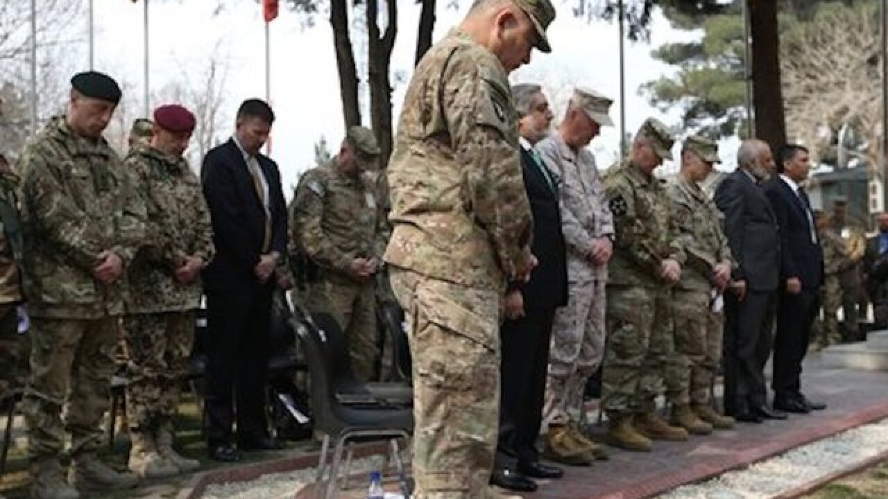 US-NATO changes command in Afghanistan