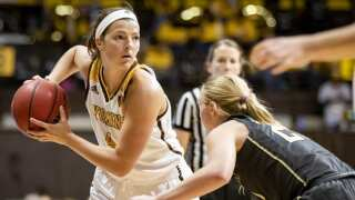 22-8 Wyoming Cowgirls open WNIT Thursday against Northern Colorado