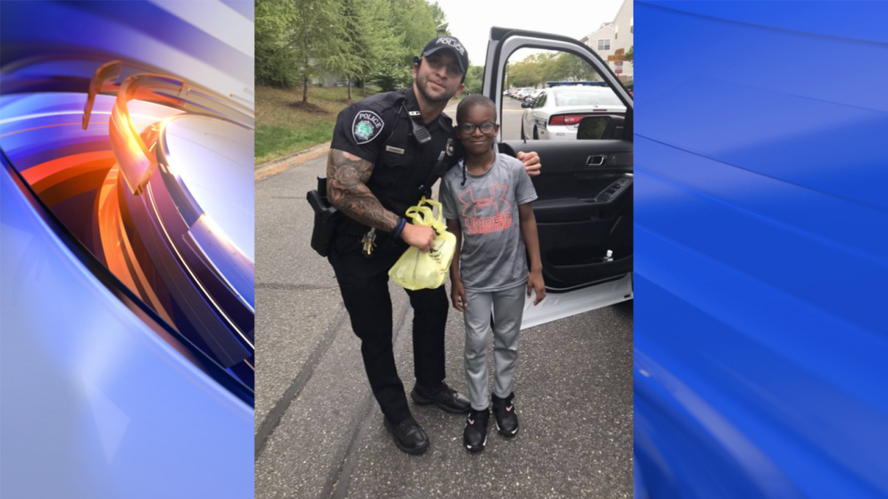 Newport News boy gives patrolling officer Easter dinner