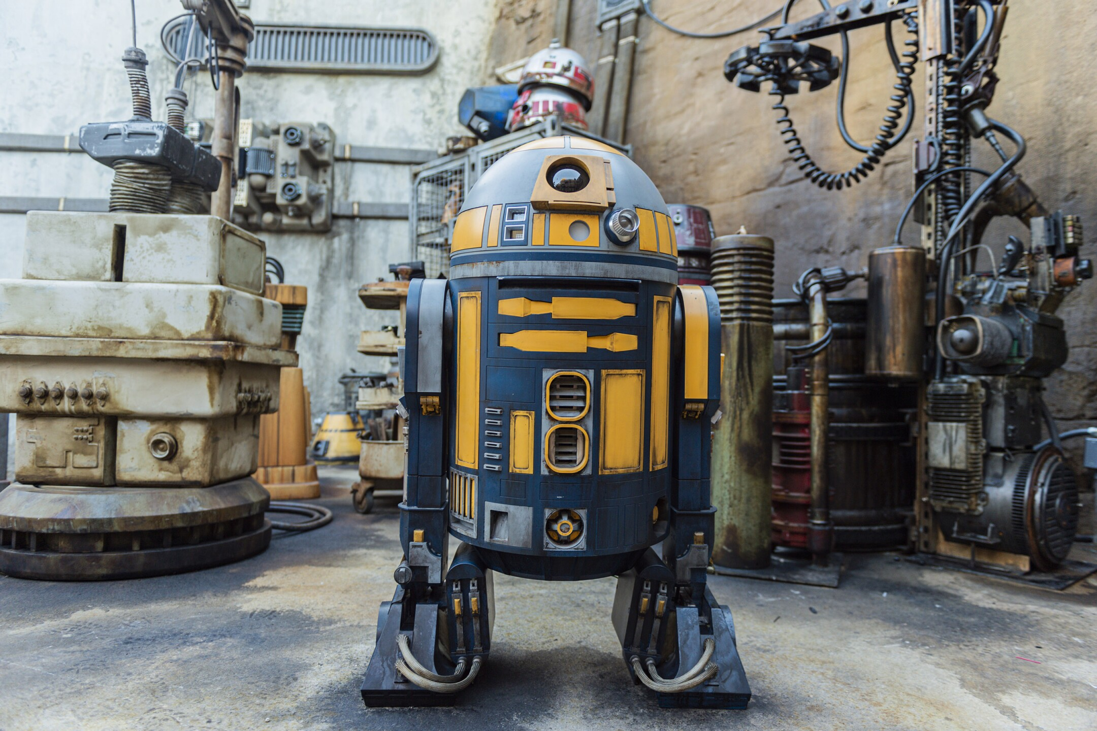 Immersive Detail in Star Wars: Galaxy's Edge
