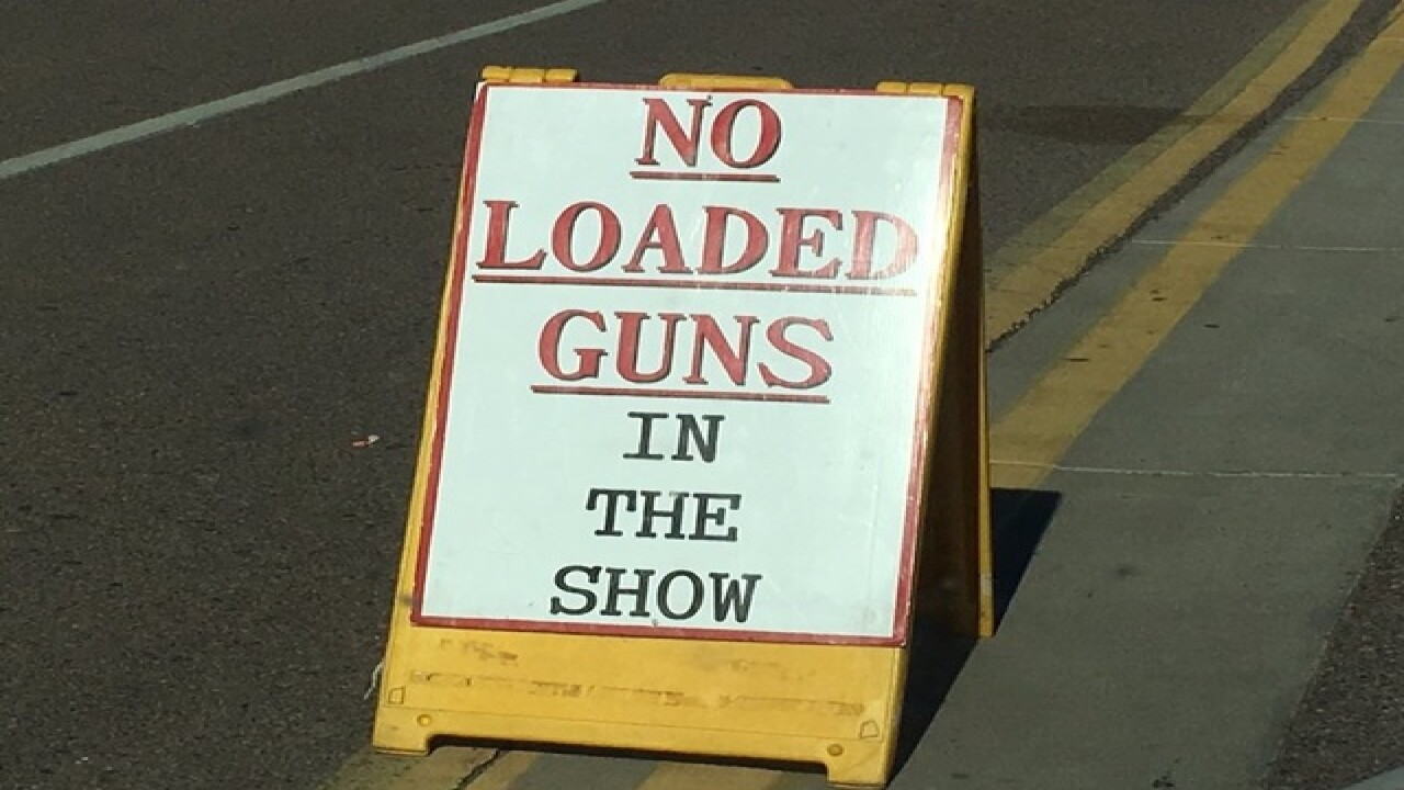 Man accidentally shot friend at AZ gun show