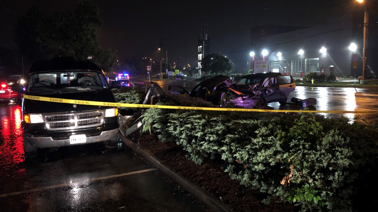 NF 6500 Tidewater Drive crash (September 17) 2.jpg