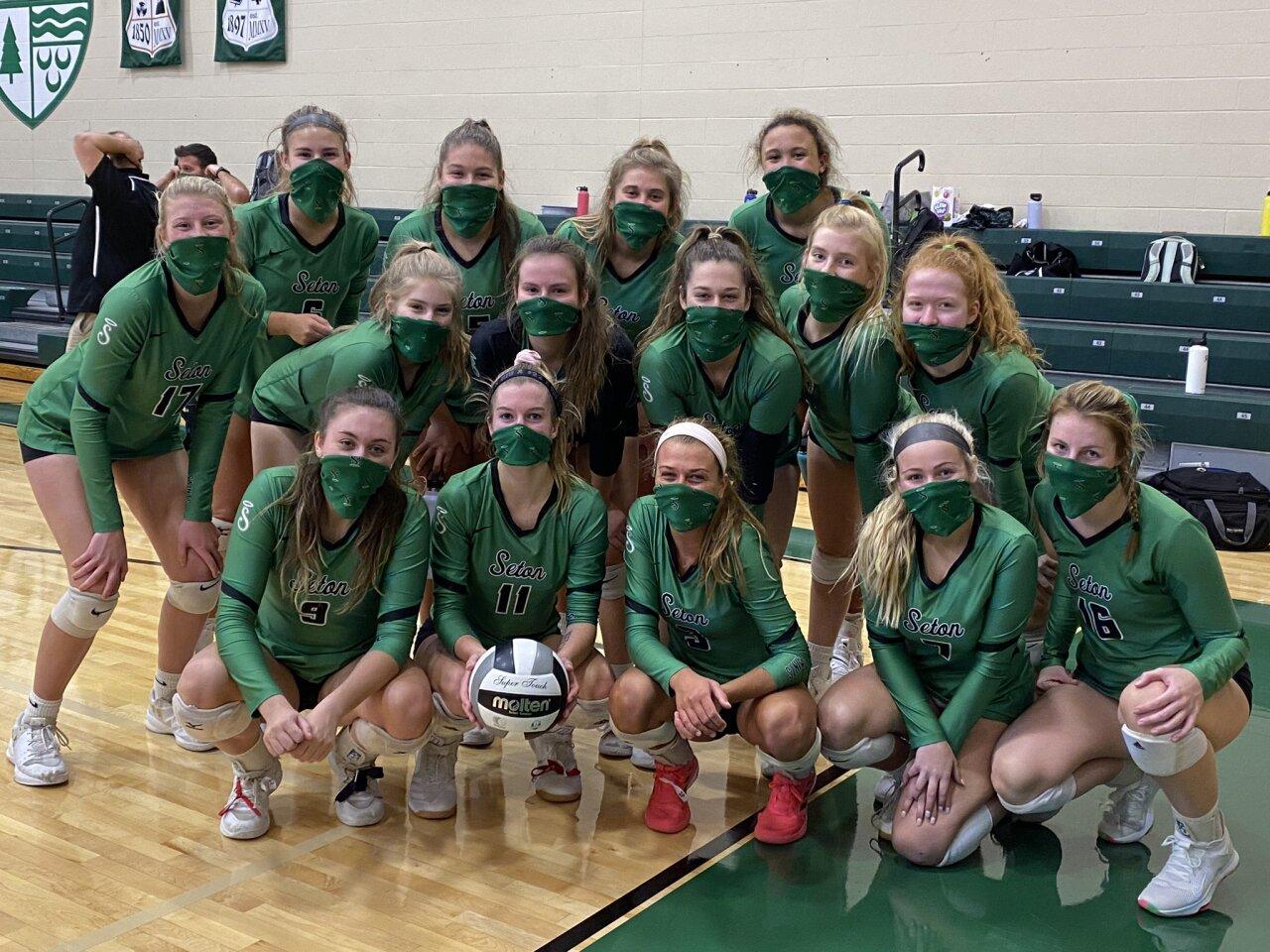 2020 Varsity Team Photo.jpg
