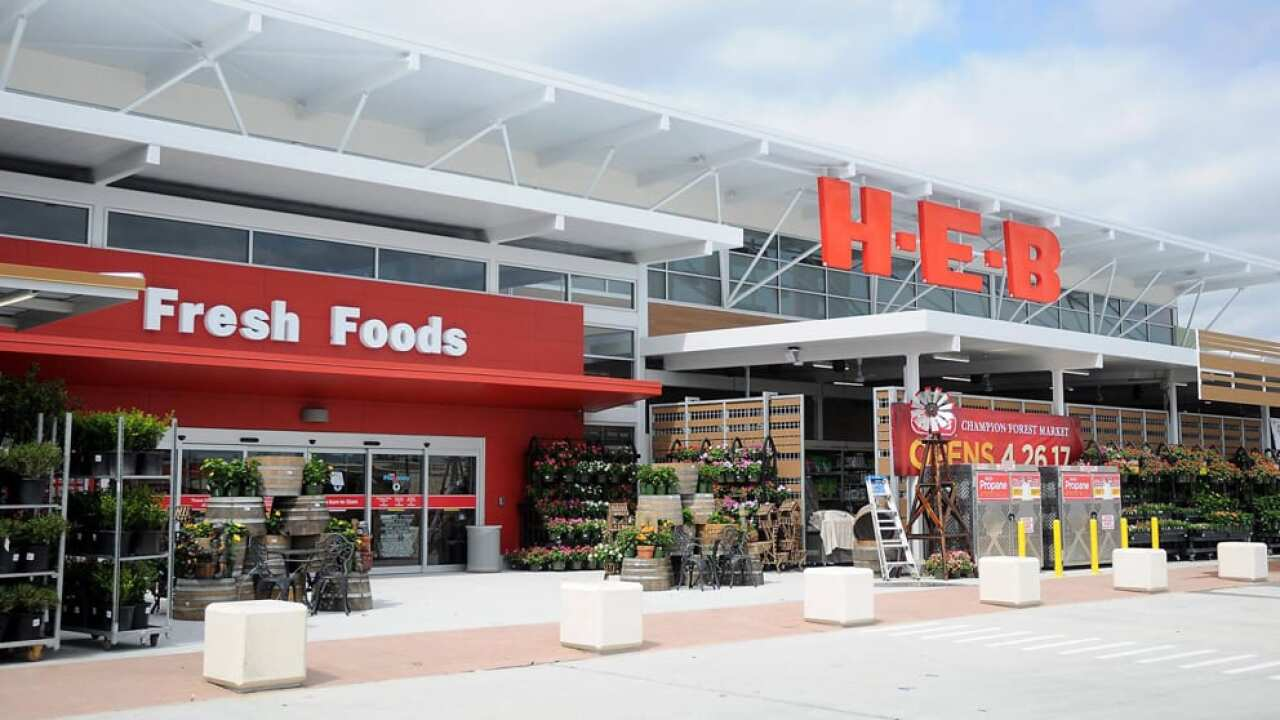 H-E-B will allow walk-up COVID-19 vaccinations during set hours on weekdays