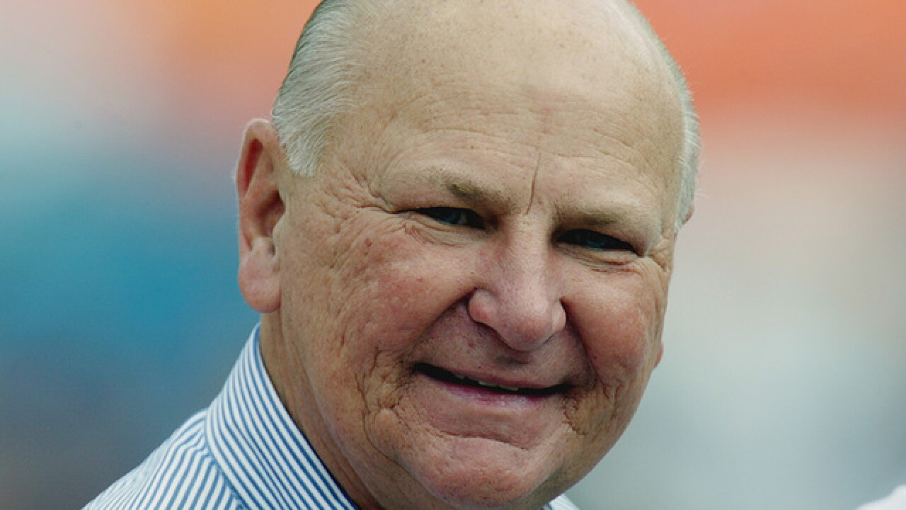 H. Wayne Huizenga, billionaire businessman and former South Florida sports owner, dies at 80