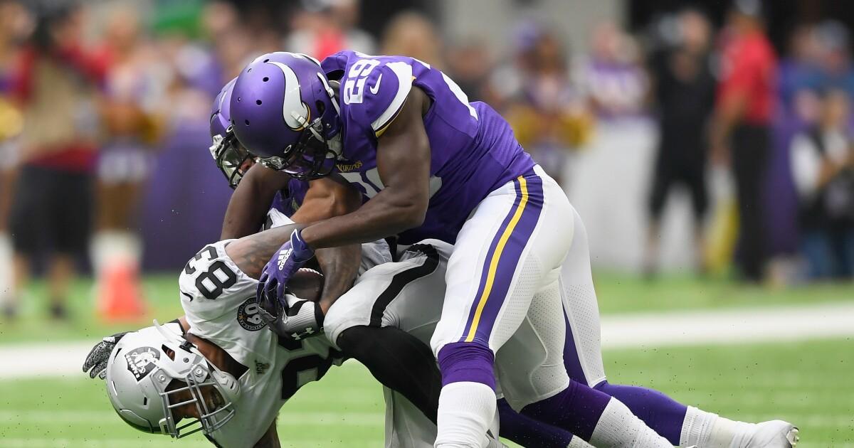 Raiders lose to Vikings, 34-14