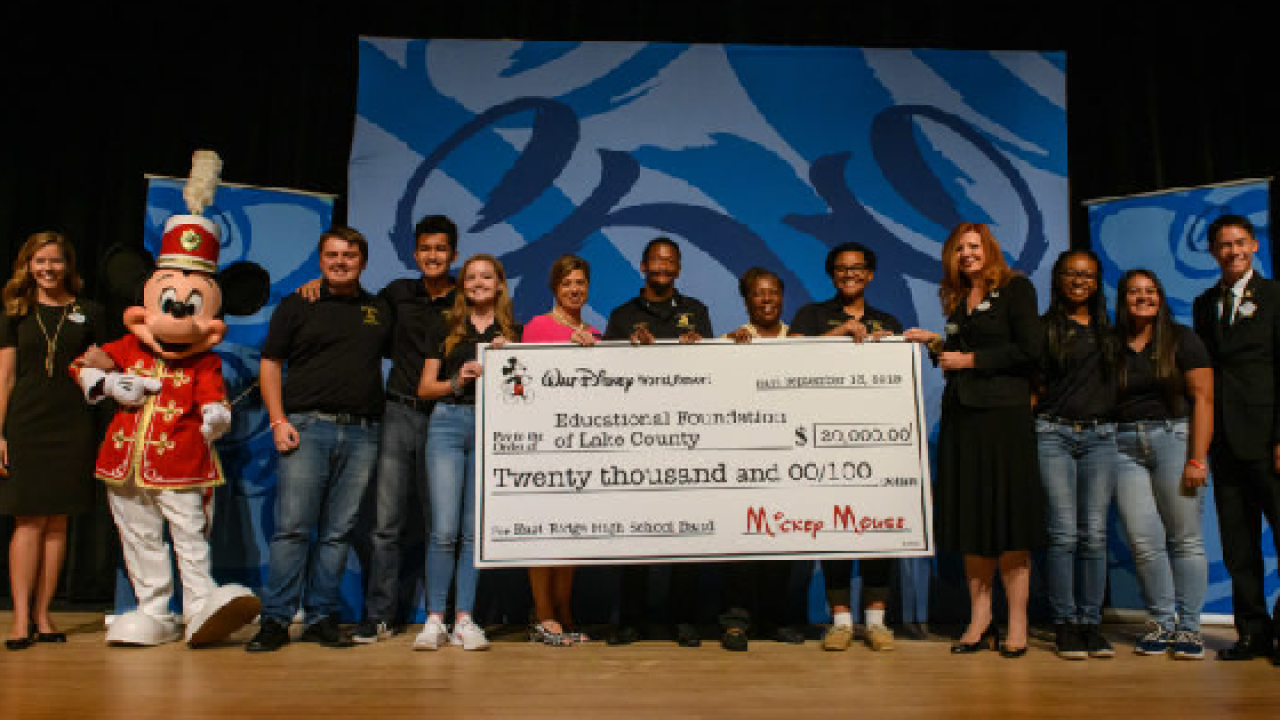 Disney donates $20K to Florida high school after fire destroys instruments.png