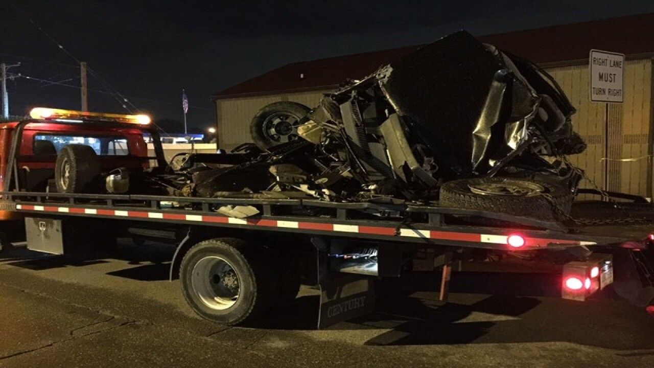 2 dead after Amtrak train hits vehicle in Mich.