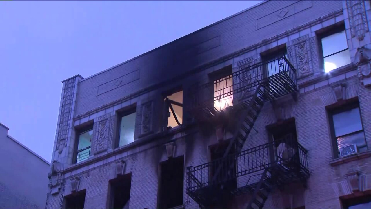 Washington Heights fire injures 10