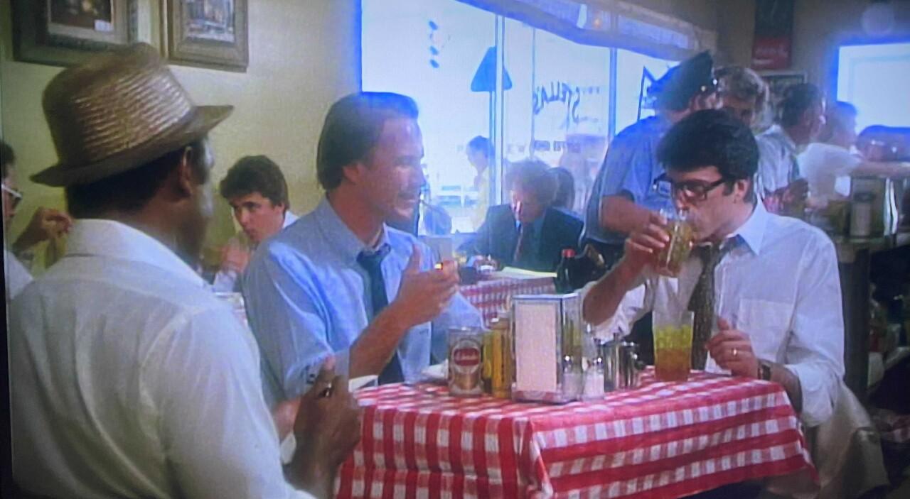 Mark Foley appears as extra in scene from 'Body Heat'