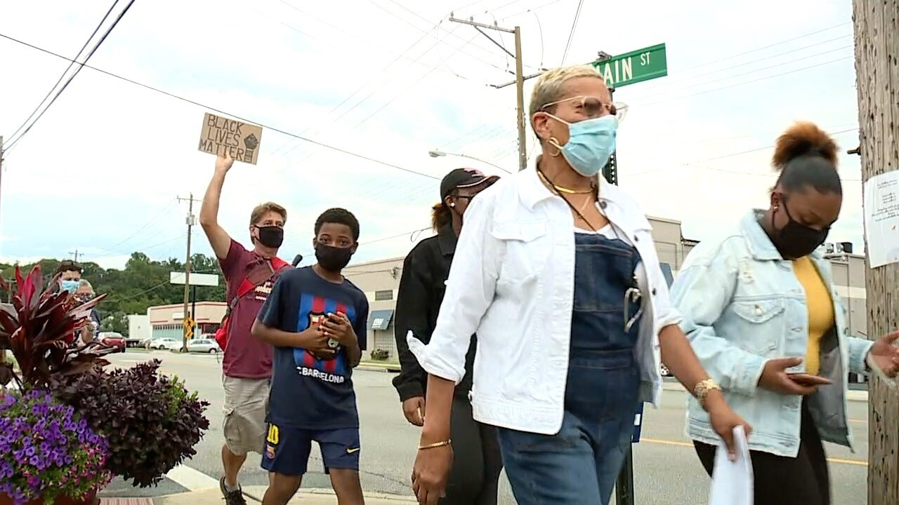 Dozens gather in Milford to commemorate MLK's march on Washington.jpg