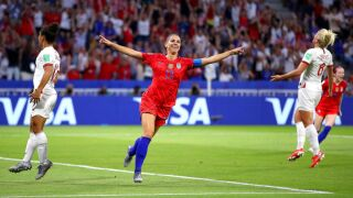 US holds off England's second-half push to advance to World Cup final