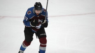 Compher, Francouz lead Avalanche to 3-2 win over Sabres