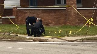 Wyoming-MI-sidewalk-shooting-scene-woman-homicide-November-27-2020.jpg