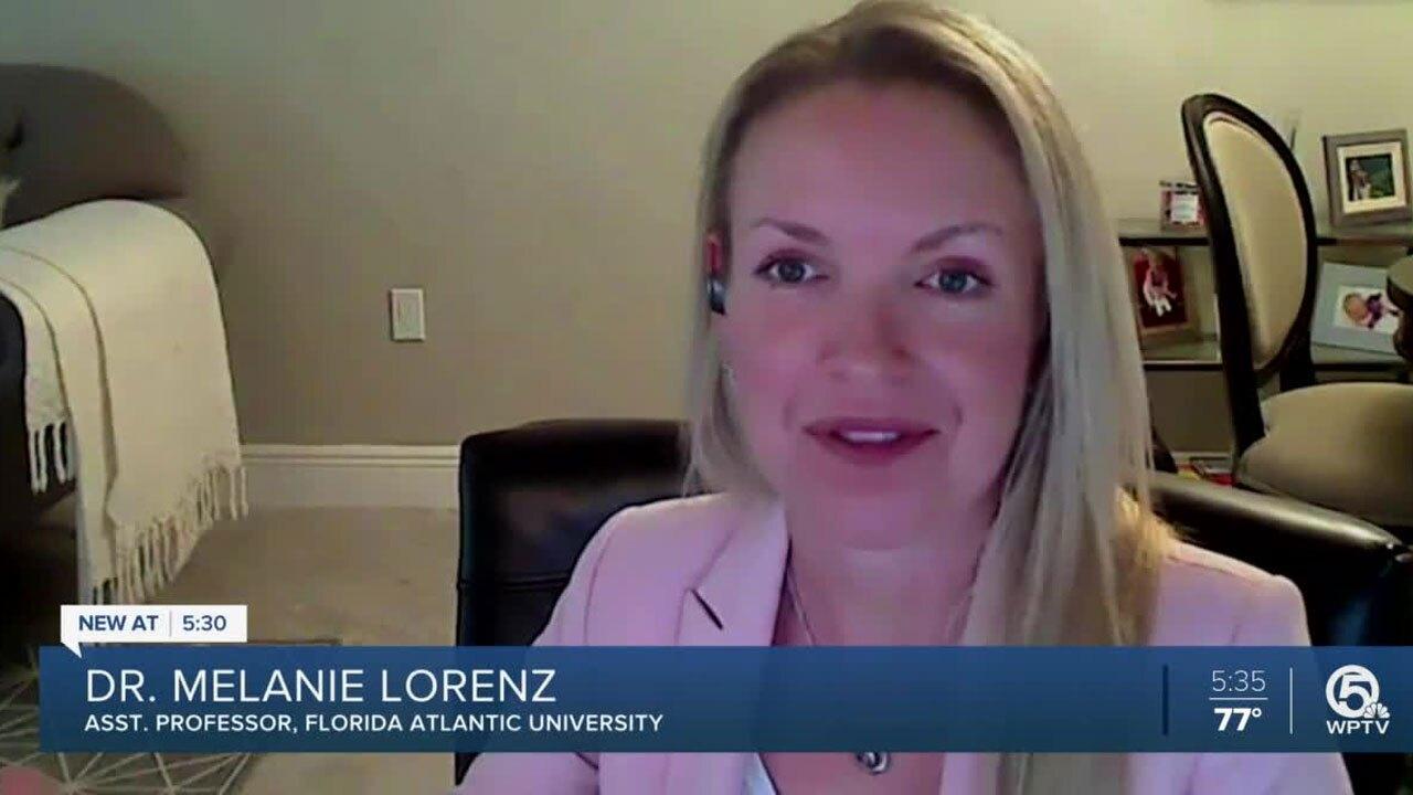 Melanie-Lorenz-FAU-professor.jpg