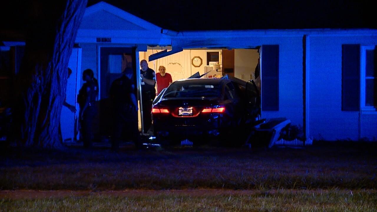 Car into house 2.jpg