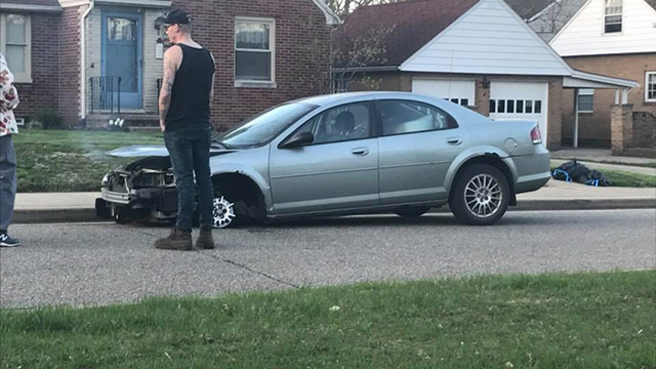 Pizza run in car with 3 tires leads to arrest