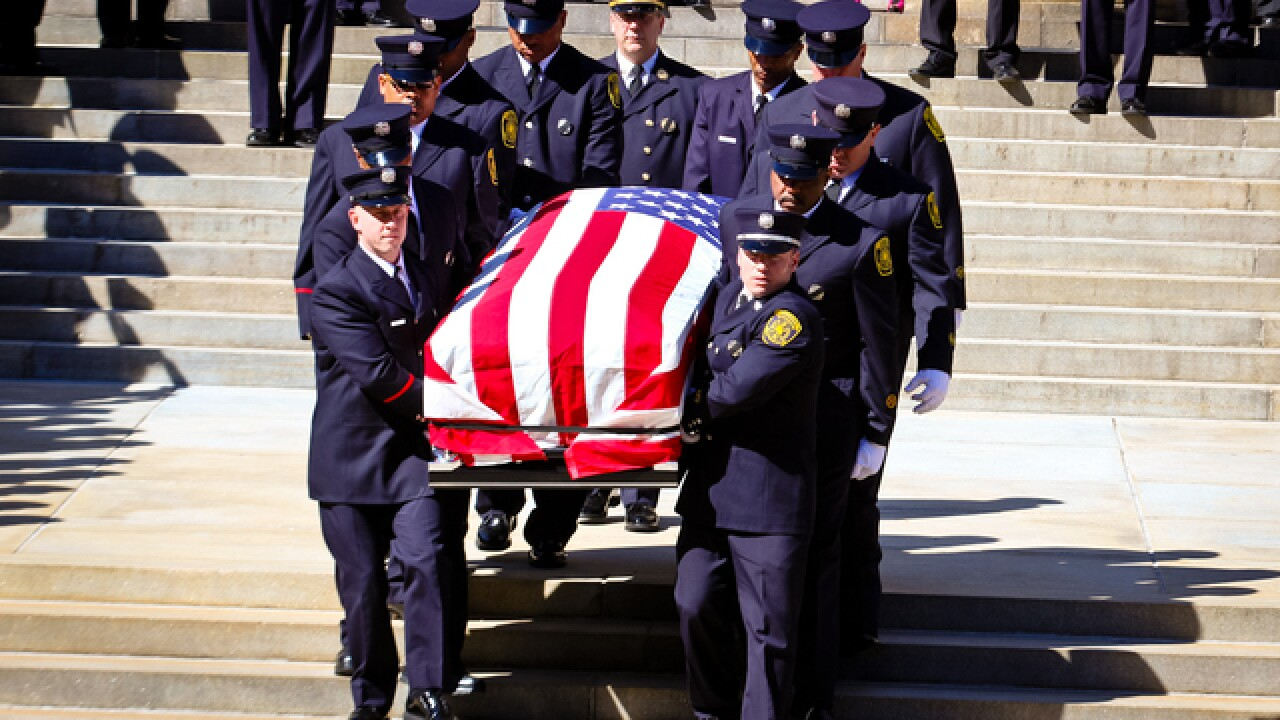 9 most touching photos from FAO Gordon's funeral