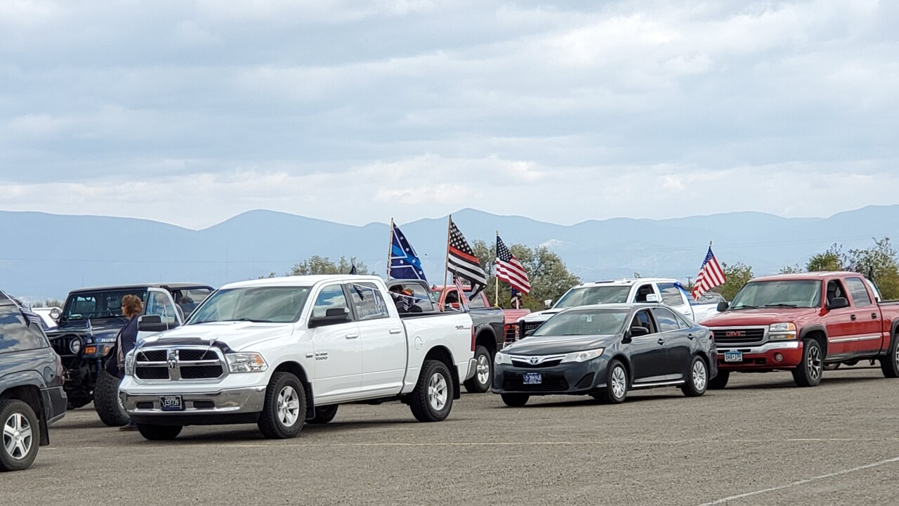 Law enforcement supporters host a car parade