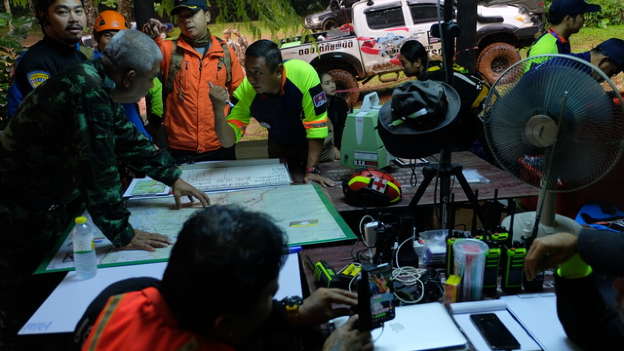 Thai rescuer in cave dies from lack of oxygen