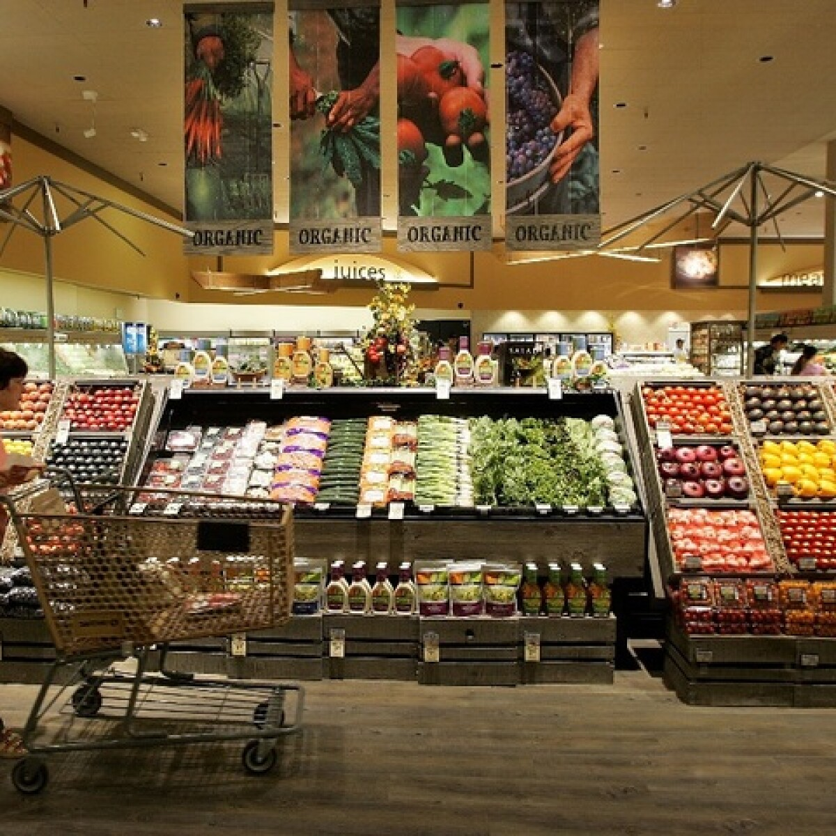winco fry s safeway or walmart which grocery chain has the lowest