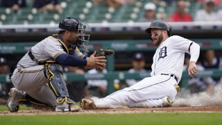 Tigers beat Brewers Robbie Grossman