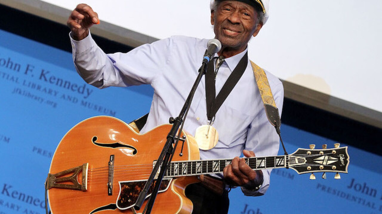 Chuck Berry dies at 90
