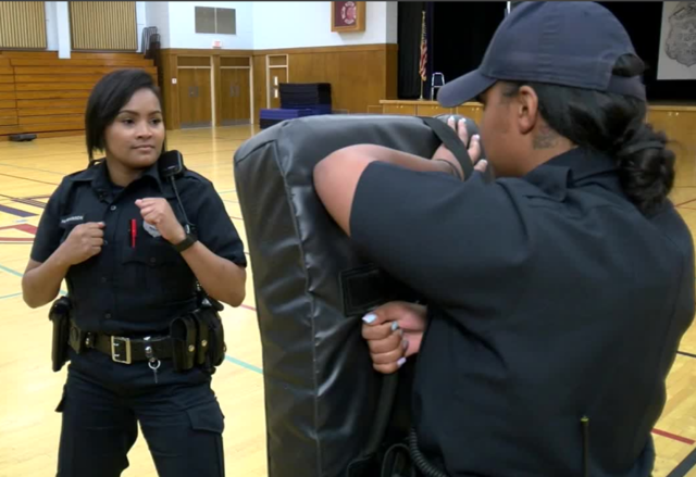 Twin sisters team up on Milwaukee Police force