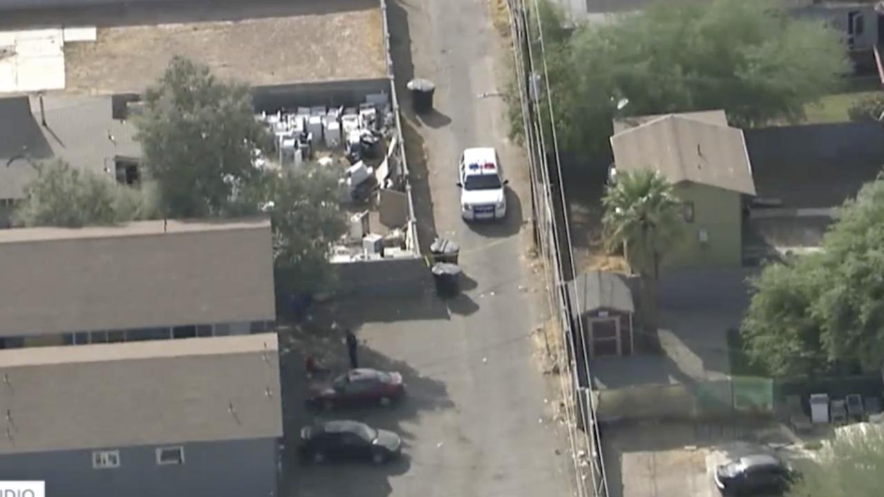 Man shot, killed near 15th Ave and Van Buren