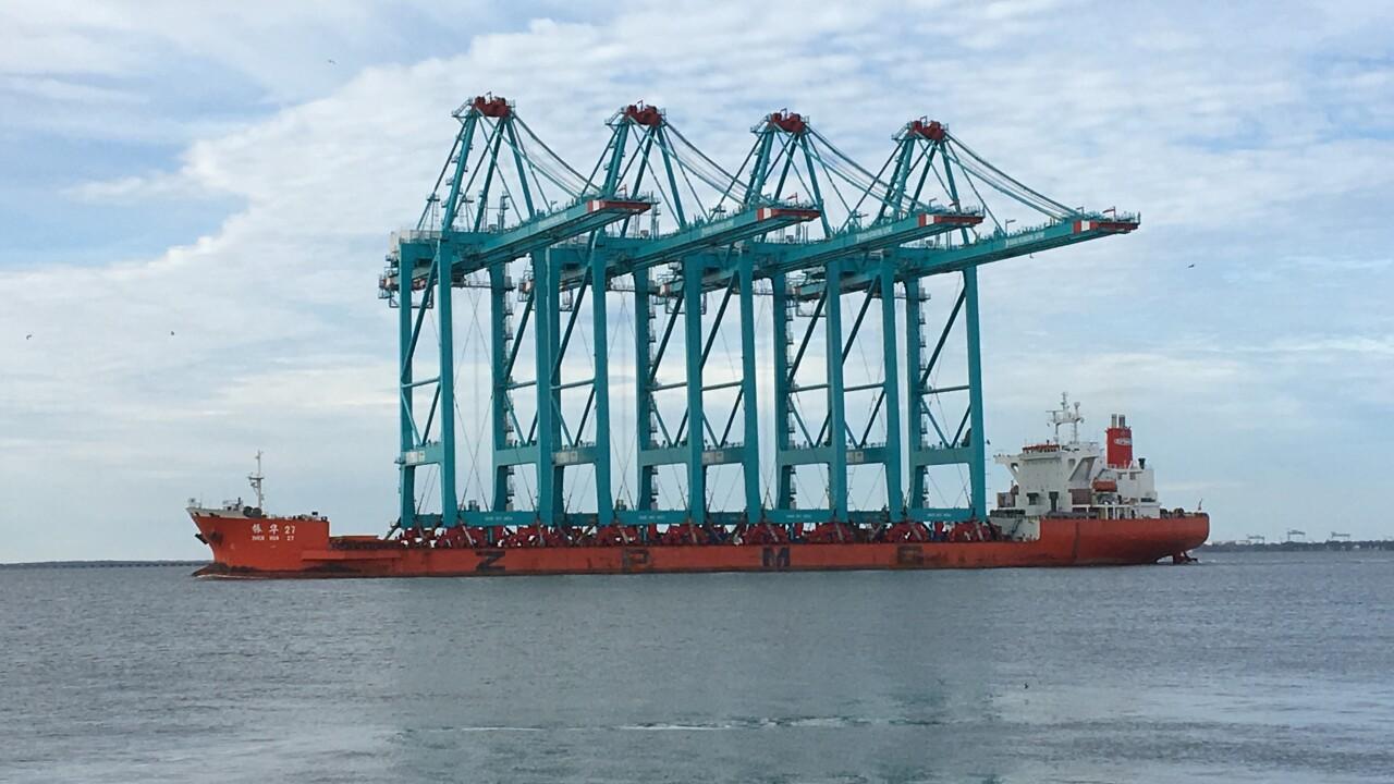 Largest cranes in U.S. arrive in HamptonRoads