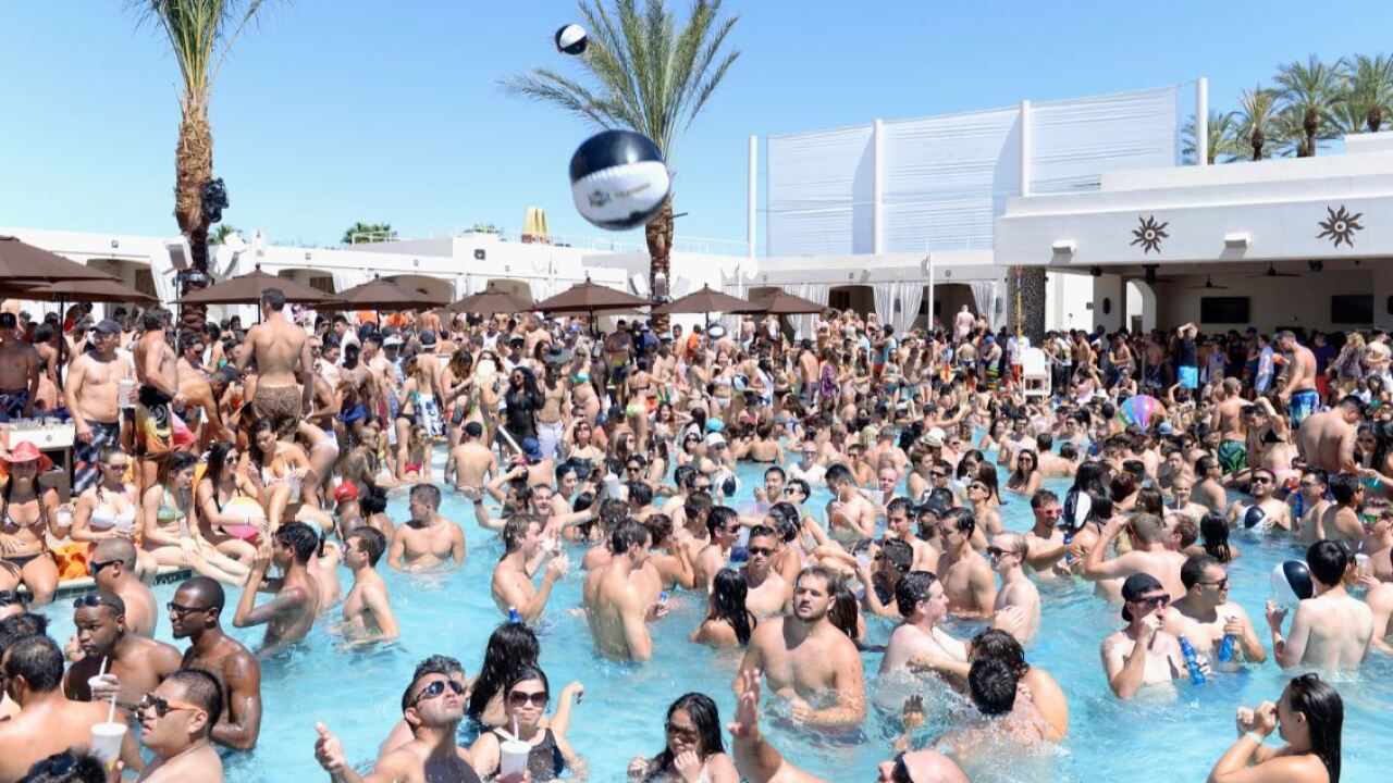 pool party vegas file.JPG