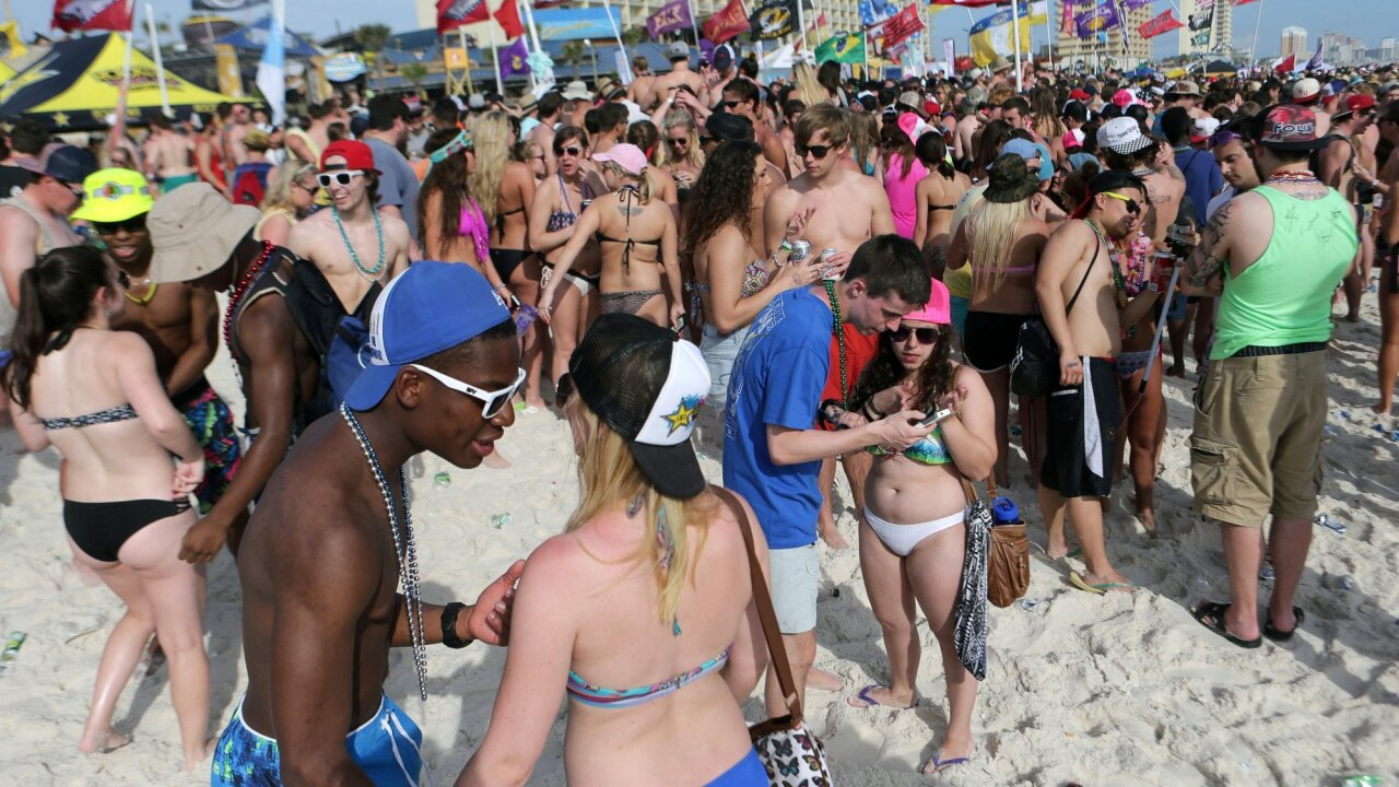 Some beach cities are trying to make this the least fun spring break for college kids