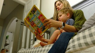Here's how to get your kids back on a sleep routine for school