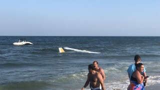 VIDEO: Plane makes emergency landing on the beach in Ocean City