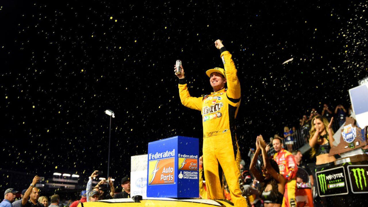 Kyle Busch wins 1st fall race at RichmondRaceway